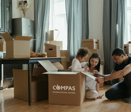 International removal services Compas International Movers