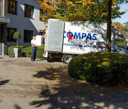 Compas international removal services